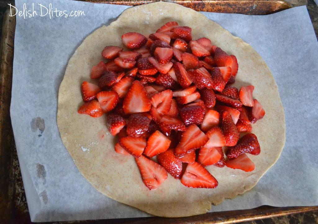 Strawberry Crostata | Delish D'Lites