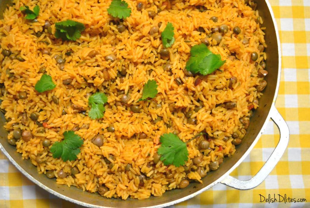 Arroz Con Gandules (Puerto Rican Rice with Pigeon Peas ...