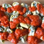 Sausage, spinach and artichoke stuffed shells | Delish D'Lites.